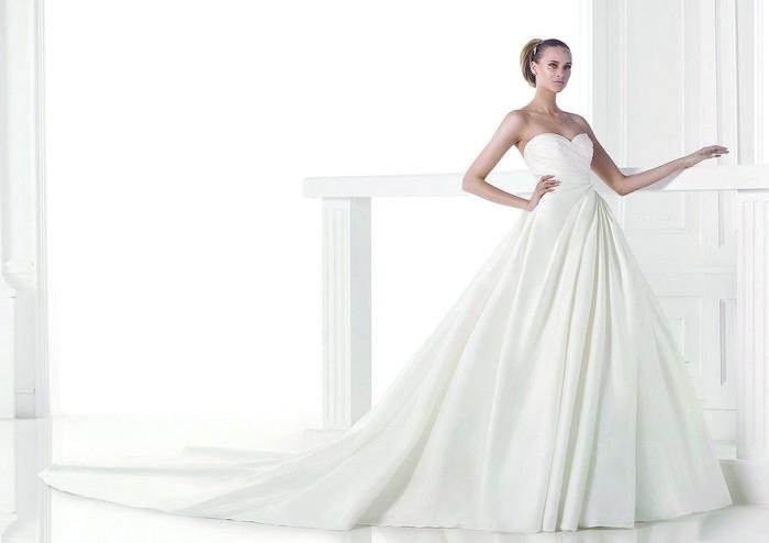 timeless design 88eb7 87dcd Blog di moda Italia: Outlet abiti da sposa milano forum