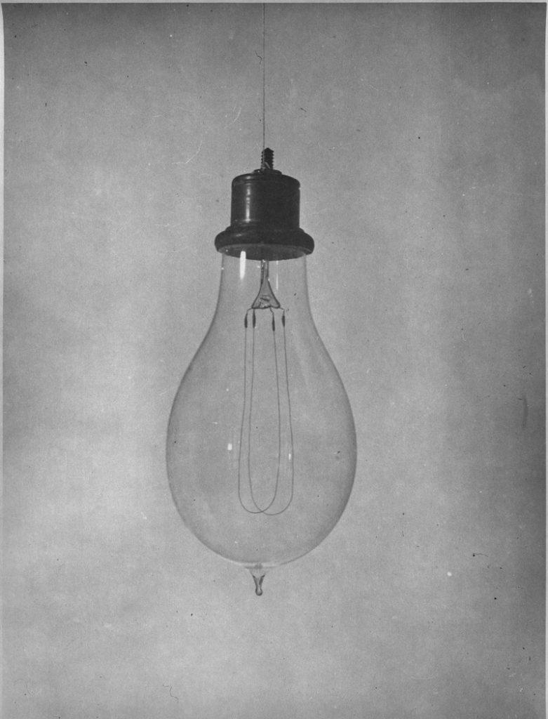 storia della lampadina : Il grande italiano di oggi: Alessandro Cruto - Leggo Tenerife