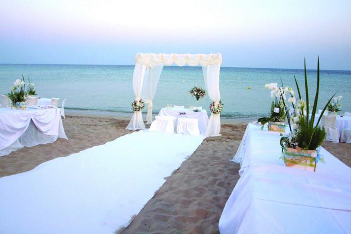 Matrimonio Sulla Spiaggia Come Vestirsi : Eccellente matrimoni sulla spiaggia kf pineglen