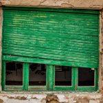 Abbattere le case abbandonate, richiesta di Ashotel